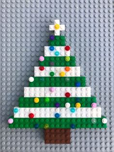 Decorate and build your own LEGO Christmas tree! Decorate and build your own LEGO Christmas tree! Lego Christmas Tree, Preschool Christmas, Noel Christmas, Christmas Crafts For Kids, Christmas Activities, Christmas Themes, Holiday Crafts, Christmas Decorations, Xmas Tree
