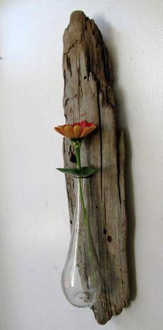 Driftwood Reclaimed Wood Vase Rustic Home Decor Glass Vase Gift Beach Home Decor (Made to Order) Driftwood Furniture, Driftwood Projects, Driftwood Ideas, Diy Projects, Driftwood Sculpture, Driftwood Art, Wood Vase, Aquarium Decorations, Rustic Interiors