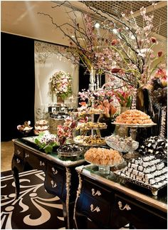 Food Tablescapes - Tablescapes - Food Display - Food Presentation - Buffet - Food Serving - Feng Shui Your Events with a Feng Shui Design Party Buffet, Dessert Buffet, Dessert Bars, Dessert Tables, Food Buffet, Food Tables, Buffet Ideas, Elegant Dessert Table, Party Tables