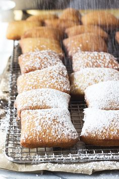 This Beignets recipe is featured in the Mardi Gras feed along with many more. Desserts Français, French Desserts, Delicious Desserts, Dessert Recipes, Yummy Food, Beignets, Churros, Donut Recipes, Cooking Recipes
