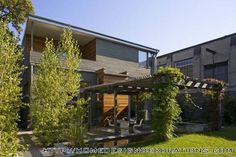 Backyard Contemporary Family Home with Modern Artistic Style Contemporary Family Home with Modern Artistic Style