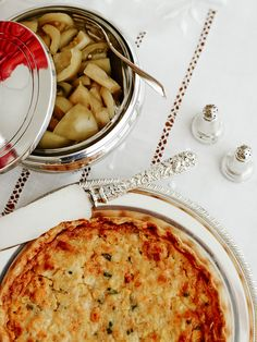 Laura Vinroot Poole shares her holiday secrets. Scary entertaining: when people bring anything other than wine... I've spent hours planning & preparing the menu, I'm not prepared for your nut-covered cheese balls (even if they are delicious)...