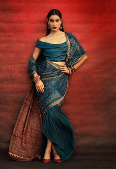 tarun tahiliani - I feel this would look gorgeous if it was worn normally like a regular saree. Ethnic Fashion, Asian Fashion, Look Fashion, Indian Fashion Modern, Fashion Goth, Fasion, Fashion Clothes, Indian Attire, Indian Wear
