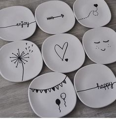 best friend gifts with meaning / meaning gifts for best friend - meaning gifts for best friend diy - best friend gifts with meaning - meaning full gifts for best friend - meaning full best friend gifts - meaning best friend gifts Diy Best Friend Gifts, Diy Gifts, Gifts For Friends, Craft Gifts, Handmade Gifts, Sharpie Plates, Ceramic Plates, Sharpies, Pottery Painting Designs