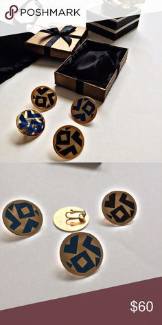 Vintage Earrings Blue Gold Black EUC Vintage Earrings Avon Clip Ons Blue Gold Black Circle Geometric Design Retro Round Fashion 1980s 🎁gold tone  🎁blue available  🎁black available  🎁large quarter size   🎄please ask ?s prior to purchase & rqst additional photos 🎄with all vintage items there may be signs of age & use-only severe/impactful issues will be noted 🎄all items should always be cleaned before wear Vintage Jewelry Earrings