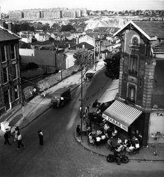 Cafe Tabac, Gentilly, 1948 |¤ Robert Doisneau | Atelier Robert Doisneau | Suburbs