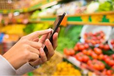 Six grocery shopping apps to replace your paper list. Put the crumpled piece of paper away, and use that phone of yours. Here are six to help you get started. Grocery Shopping App, Online Grocery Store, Shopping Hacks, Grocery Lists, Grocery Items, Online Shopping, Healthy Shopping, Online Deals, Shopping Mall