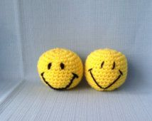 Set of two crochet balls-smiley faces-crochet smiley faces- fun toys-crochet-stress ball-play ball-therapy ball-crochet toys-SALE-yellow