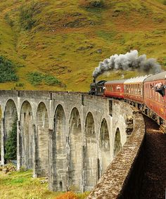 Glenfinnan Viaduct |  Highlands, Scotland