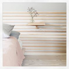 Dinesen Country Home in Jels Dinesen Country Home: The wallcovering and the bed are a Dinesen custom made, the bedding comes from Georg Jensen Damask and Liberty. Rue Verte, Thatched House, Green Street, Wall Cladding, Light Oak, Jelsa, Wall Treatments, Architect Design, Damask