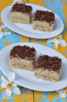 Prajitura cu nuca si crema de ness - CAIETUL CU RETETE Romanian Desserts, Romanian Food, Dessert Cake Recipes, Cookie Recipes, Good Food, Yummy Food, Sushi Recipes, Delicious Desserts, Sweet Treats