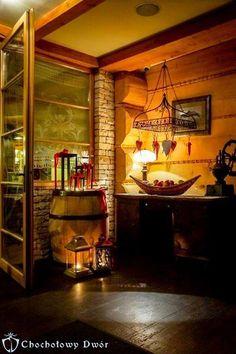 Dobre jedzenie, nietuzinkowy wystrój i unikalna atmosfera. #restauracja #Krakow Liquor Cabinet, Storage, Furniture, Home Decor, Purse Storage, Decoration Home, Room Decor, Larger, Home Furnishings
