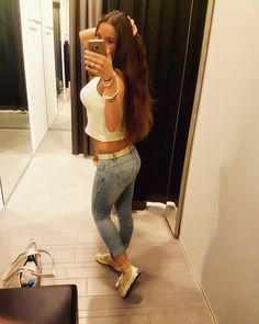 Thank god it's #friday �� ��  #weekend #friyay #wochenende #weekendvibes #fitness #fit #fitnessmotivation #fitgirl #longhair #brunette #student #studentlife #happy #newshoes #sporty #instagood #instame #instagram #girl #brown #summer #summervibes #motivation #healthy #healthylifestyle http://butimag.com/ipost/1558629519831668069/?code=BWhXUpSARVl