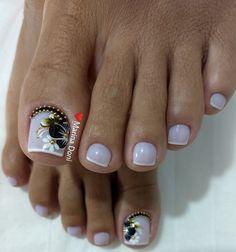 Toe Nails White, Pretty Toe Nails, Cute Toe Nails, Dope Nails, Pretty Toes, Toe Nail Art, Cute Toenail Designs, Toe Nail Designs, Hair And Nails