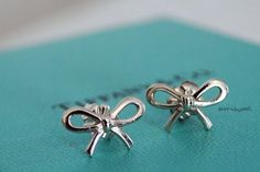 Tiffany bow earrings