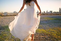 love the picture and the dress!