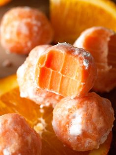 I am a sucker for Orange Creamsicle! Melt In Your Mouth Orange Creamsicle Truffles ~ Truffles can be enjoyed all year around. Orange Creamsicle Truffles will melt in your mouth and are light enough to savor on a hot summer day Fudge, Candy Recipes, Sweet Recipes, Dessert Recipes, Orange Creamsicle, Orange Zest, Just Desserts, Delicious Desserts, Yummy Food
