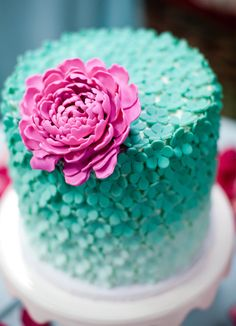 Prachtige bloementaart Gorgeous Cakes, Pretty Cakes, Cute Cakes, Yummy Cakes, Amazing Cakes, Fancy Cakes, Mini Cakes, Cupcake Cakes, Cake Fondant