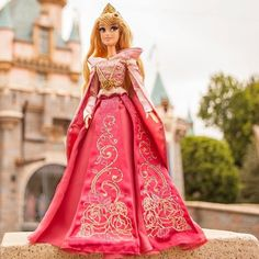 Aurora Sleeping Beauty Disney Store Doll Limited Edition LE 5000 Pre-Sale #DisneyStore #VinylDoll