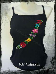 27ae656fb7 A(z) Női top nevű tábla 10 legjobb képe | Kalocsai, Embroidery ...