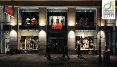 H&Mのウィンドウは秋2012年、ウィーンを表示