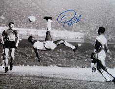 Edson Arantes do Nascimento, Pelé.