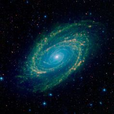 An Infrared View of the GalaxyLocated in the northern constellation of Ursa Major, which also includes the Big Dipper, nearby galaxy Messier 81 is easily visible through binoculars or a small telescope. NASA Image of the Day Galaxy Images, Galaxy Pictures, Hubble Images, Cosmos, Fotos Do Hubble, Art Galaxie, Spitzer Space Telescope, Hubble Pictures, Galaxy Background