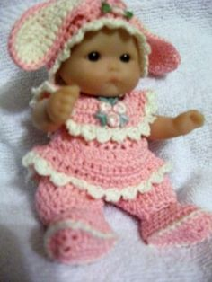 CROCHETED CUTE BUNNY SET/CLOTHES FOR 5INCH BERENGUER DOLL,OOAK,**NEW DESIGN**
