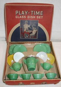 These are the doll dishes I had in the 1940's Have one plate now. vintage akro agate toy set in box