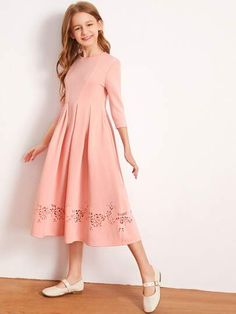 Stylish Dresses For Girls, Stylish Dress Designs, Dresses Kids Girl, Cute Dresses, Teenage Girl Outfits, Girls Fashion Clothes, Little Girl Outfits, Frocks For Teenager, Frocks For Girls