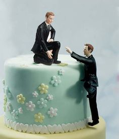 Gay Cake Topper - Climbing Groom and Helpful Groom Mix & Match Cake Toppers Gay Wedding Cakes, Lesbian Wedding, Wedding Cake Toppers, Bolo Original, Our Wedding, Dream Wedding, Wedding Stuff, August Wedding, Wedding Goals