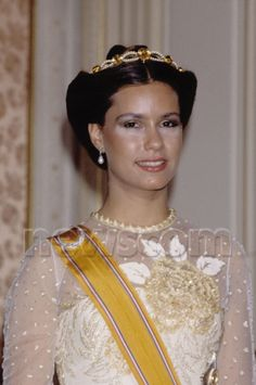 As a young bride Maria Theresa of Luxembourg wore the citrine tiara of her mother-in-law in 1980s.