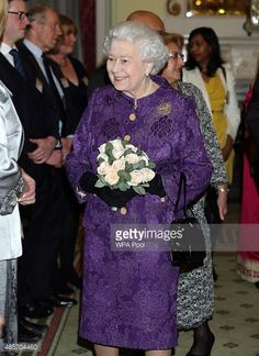Queen Elizabeth II Photos - Queen Elizabeth II attends a reception to mark Commonwealth Day at Marlborough House on March 2015 in London, England. - Commonwealth Service at Westminster Abbey — Part 2 Hm The Queen, Royal Queen, Save The Queen, Royal Families Of Europe, British Royal Families, British Nobility, Commonwealth, Royal Family Pictures, Elisabeth