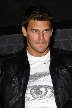 David Boreanaz, who doesn't luv Booth!