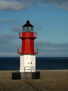 ˚Red White and Blue - Point of Ayre
