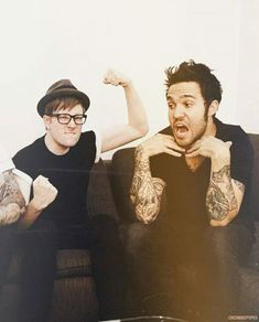 Patrick Stump and Pete Wentz from Fall Out Boy Fall Out Boy, Patrick Stump, Pete Wentz, Frank Iero, Emo Bands, Music Bands, Save Rock And Roll, Soul Punk, Mikey