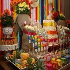 Festa de casamento com tema de festa junina.3