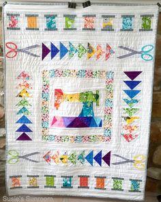 "Susie's Sunroom: The ""Sew The Rainbow"" Quilt Finish"