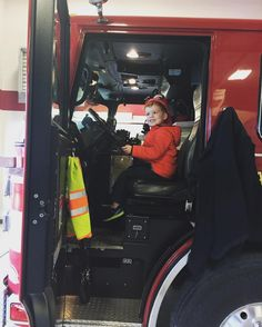 Delivered Christmas cookies to the fire station this morning which turned into a full tour of the truck and all the gear. #giveback #merrychristmas #happiestboy #daymade 🚒