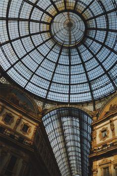 Galería Vittorio Manuele II. Milano, Italy. 2018   gabrielaprias Vsco, Ferris Wheel, Louvre, Fair Grounds, Italy, Building, Italia, Buildings, Construction