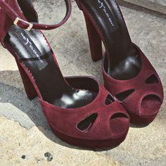 #rosettishowroom #the5thelementshoes #springsummer #sandals #highheels #marsala