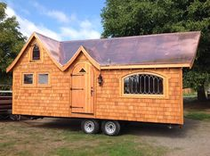 I'm excited to show you this Pinafore tiny house on wheels by Abel Zimmerman Zyl of Zyl Vardos. He builds some of the most high quality, amazing, one-of-a-kind, artistic tiny homes. As you'll see n...
