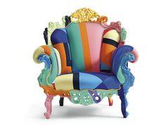 Sillón  El Proust Geomérica de Alessandro Mendini para la firma italiana Cappellini combina un diseño super rococó con una atrevida gama de colores de lo más actual. ¡Nos encanta!