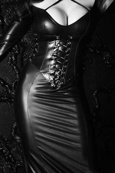 "yesplzmistress: ""Now that is sexy! Leather Dresses, Leather Pants, Black Leather, Dress Up, Bodycon Dress, Latex Fashion, Women's Fashion, Submissive, Sexy Dresses"