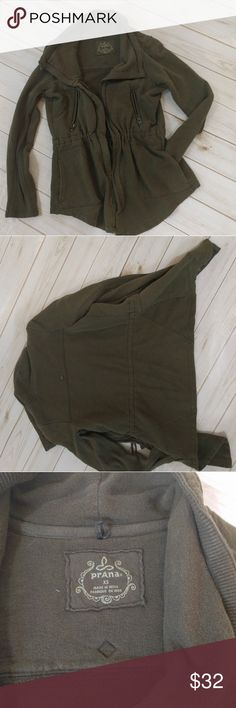 PrAna sweater zip up sweatshirt Olive green This is cute and in good condition! No flaws! Prana Sweaters