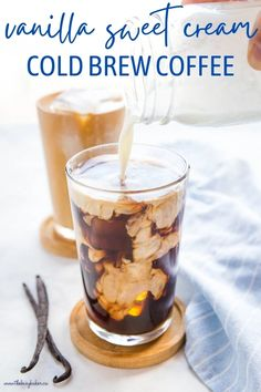 This Vanilla Sweet Cream Cold Brew is the perfect sweet and delicious iced coffee drink! Easy-to-make cold brew coffee sweetened with a simple vanilla cream! Recipe from thebusybaker.ca! #coldbrew #vanillasweetcream #starbucks #starbuckscopycat #copycatrecipe #coffee #icedcoffee #coffeeshop
