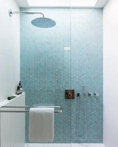 Appartement Paris 20 : 70 m2 pour un couple | Couples, Lofts and Bath