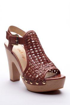 Woven sandals / luxury rebel