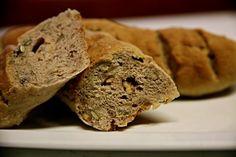 Bagety s vlašskými ořechy - http://receptydetem.cz/bagety-s-vlasskymi-orechy/