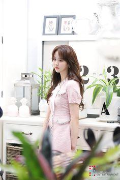 Kim So-hyun (김소현) - Picture @ HanCinema :: The Korean Movie and Drama Database Child Actresses, Korean Actresses, Asian Actors, Korean Actors, Kim So Hyun Fashion, Korean Fashion, Korean Beauty, Asian Beauty, Korean Girl